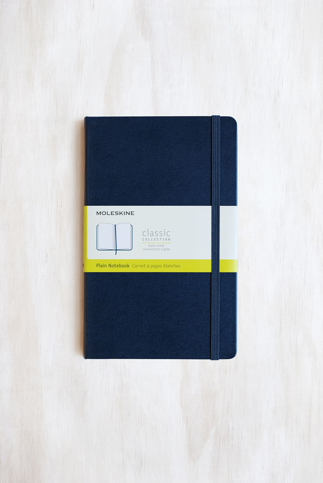 Moleskine - Classic Hard Cover Notebook - Plain - Large - Sapphire Blue