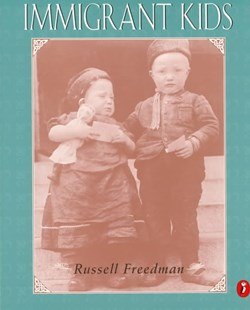 Immigrant Kids by Russell Freedman (9780140375947) - PaperBack - Non-Fiction Biography