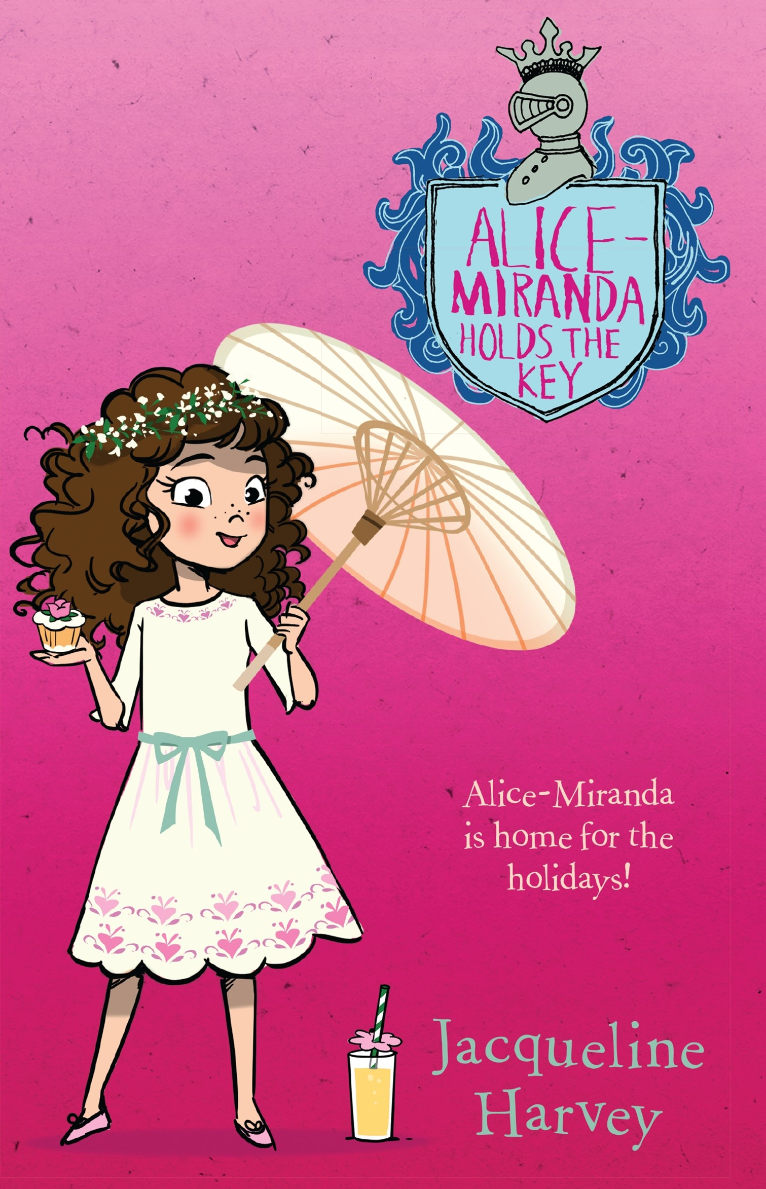 Alice-Miranda Holds the Key (Alice-Miranda, Book 15)