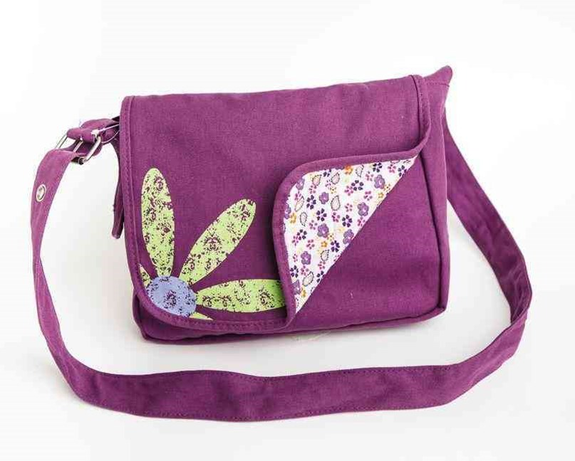 Faithgirlz Messenger Bag Grape Med