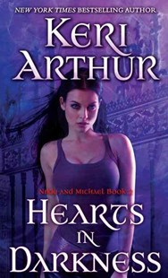 Hearts in Darkness by Keri Arthur (9780440246527) - PaperBack - Crime Mystery & Thriller