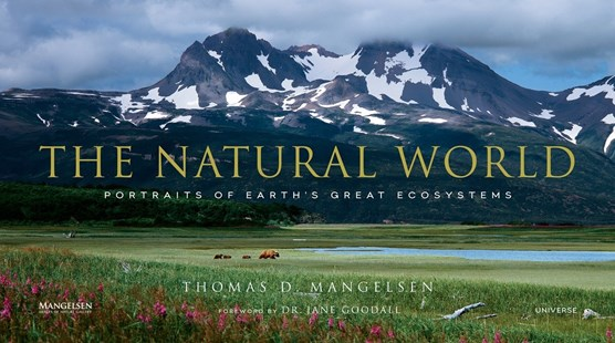 Natural World by Thomas D. Mangelsen, Jane Goodall (9780789332783) - HardCover - Art & Architecture General Art