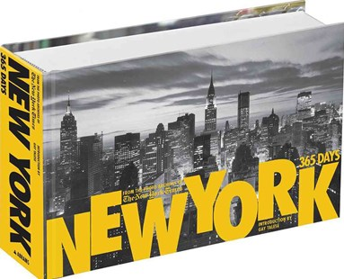 A New York 365 Days: From the Photo by James Barron, James Barron, Gay Talese (9780810949423) - HardCover - Art & Architecture Photography - Pictorial