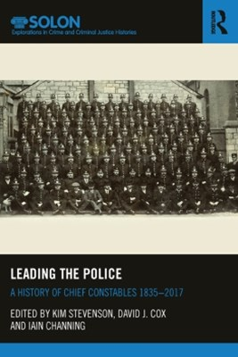 (ebook) Leading the Police