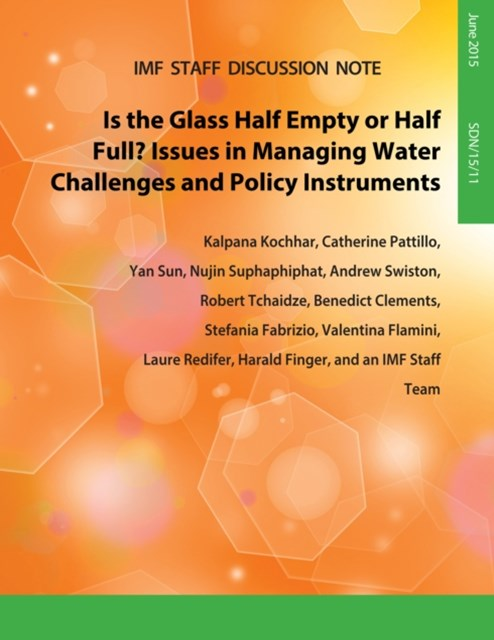 (ebook) Is the Glass Half Empty Or Half Full? : Issues in Managing Water Challenges and Policy Instruments