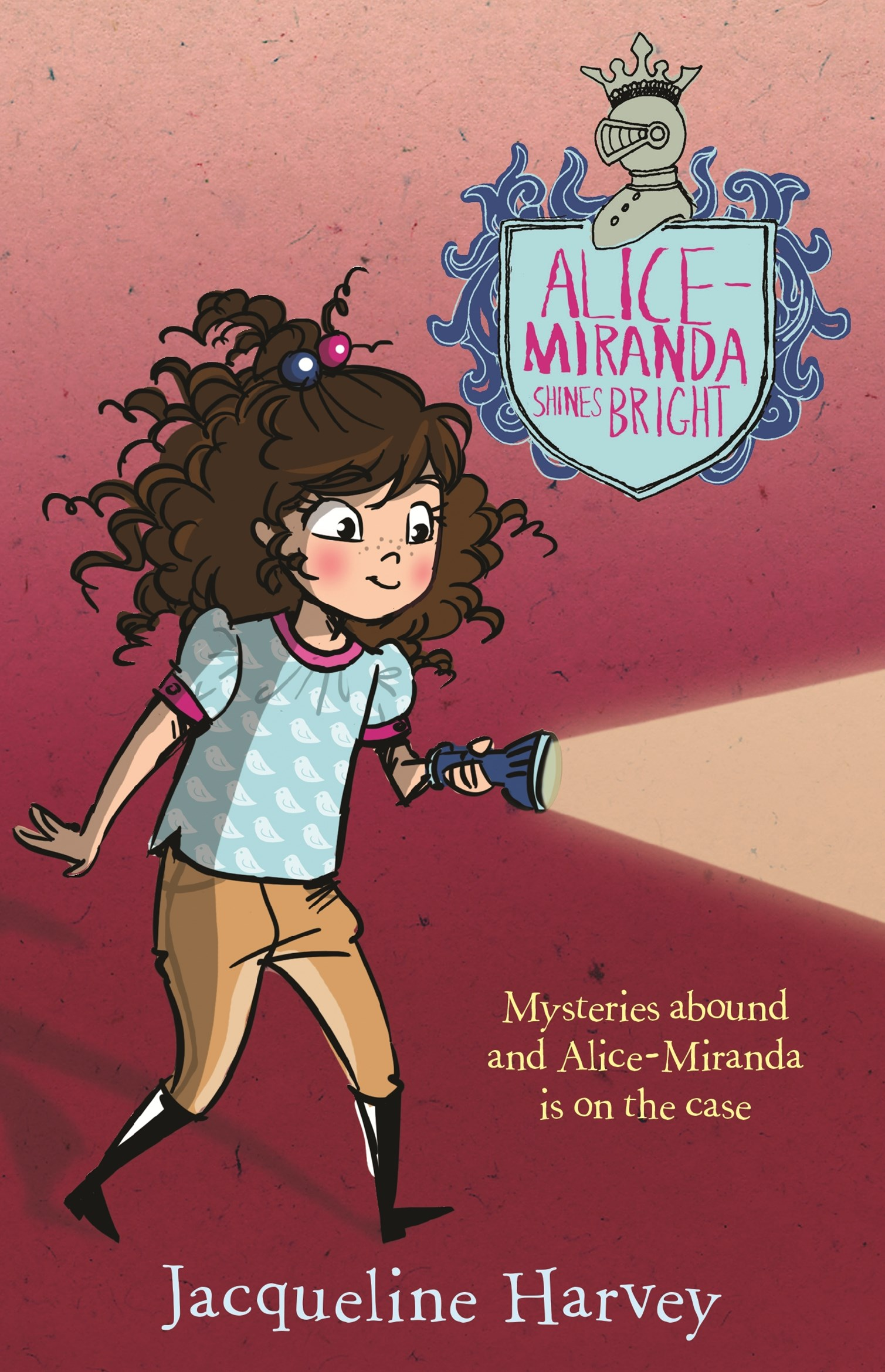 Alice-Miranda Shines Bright (Alice-Miranda Book 8)