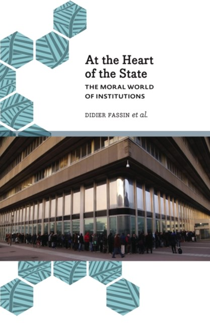 (ebook) At the Heart of the State