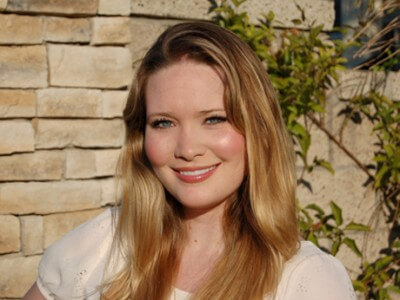 Sarah J. Maas, author. (Author categories: Young Adults)